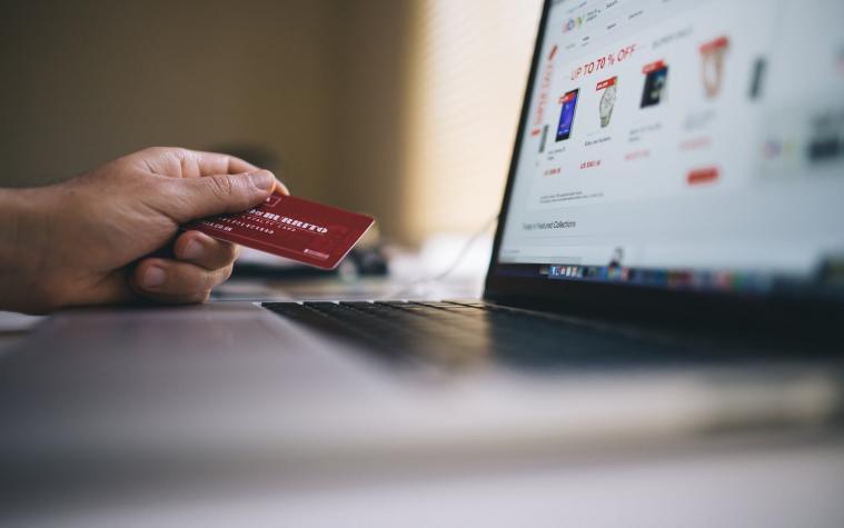 Membangun Kepercayaan Konsumen di Era Digital